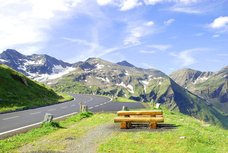 Estrada alpina elevada de Grossglockner. foto de stock royalty free