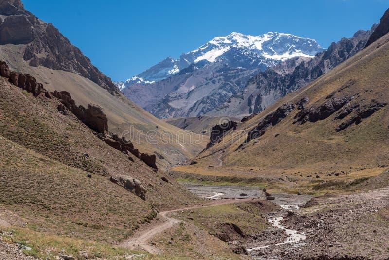 Estrada ao Aconcagua fotografia de stock royalty free
