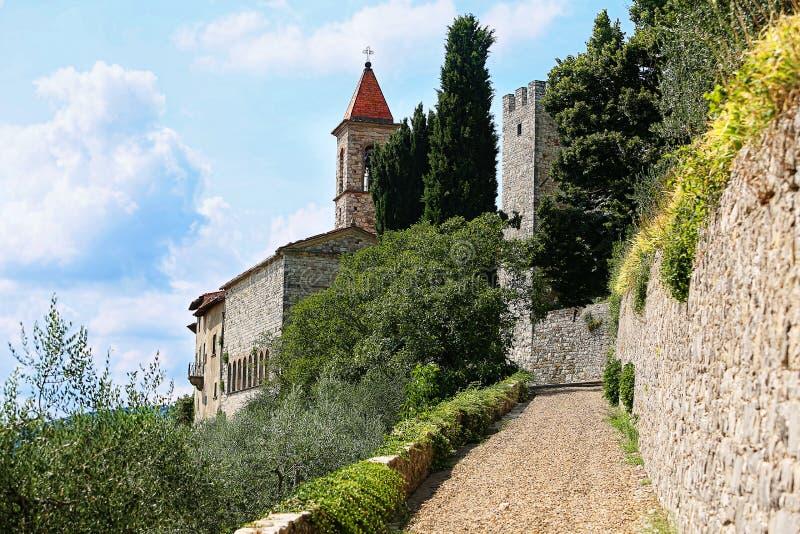 Estrada ao Castello Nipozzano fotografia de stock royalty free