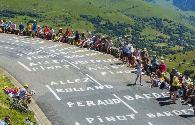 A estrada ao colo de Peyresourde - Tour de France 2014 imagens de stock
