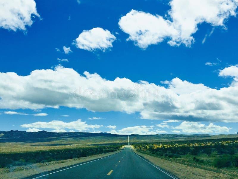 A estrada ao Vale da Morte imagens de stock