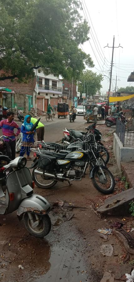 Estrada Bahraich Uttar Pradesh da Índia imagens de stock royalty free