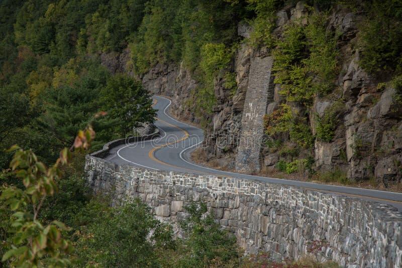 Estrada Curvy do norte do estado, NY foto de stock royalty free