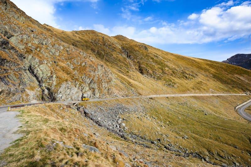 Estrada da montanha de Transfagarasan imagem de stock