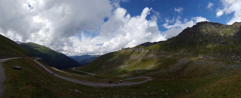 Estrada da montanha de Transfagarasan no Romanian Carpathians, Romênia fotos de stock royalty free