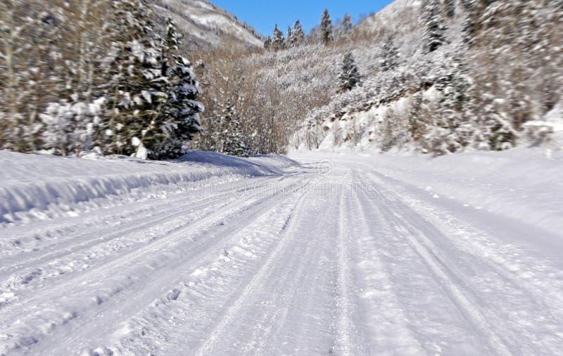 Estrada da neve fotos de stock royalty free