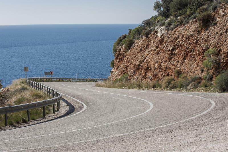 Estrada de Antalya Kas-Patara no meio foto de stock royalty free