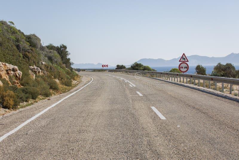 Estrada de Antalya Kas-Patara no meio fotos de stock