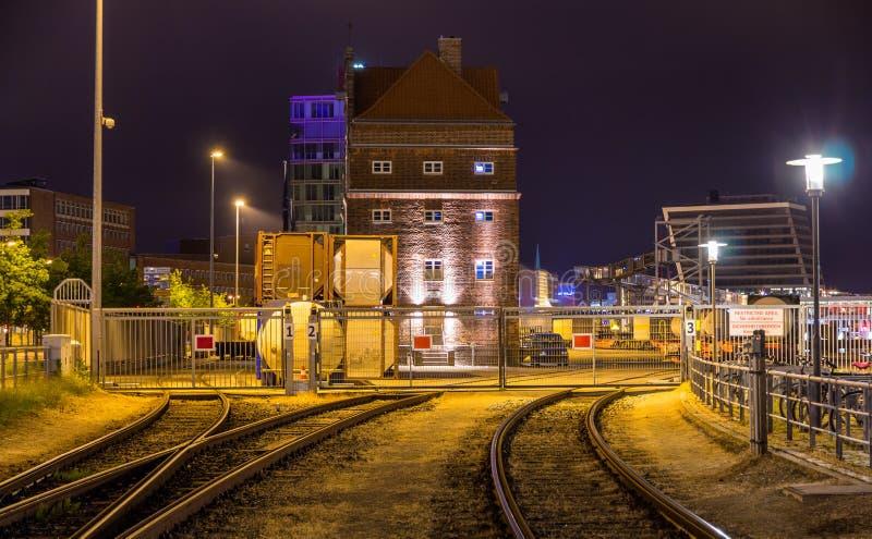 Estrada de ferro ao porto de Kiel - Alemanha foto de stock