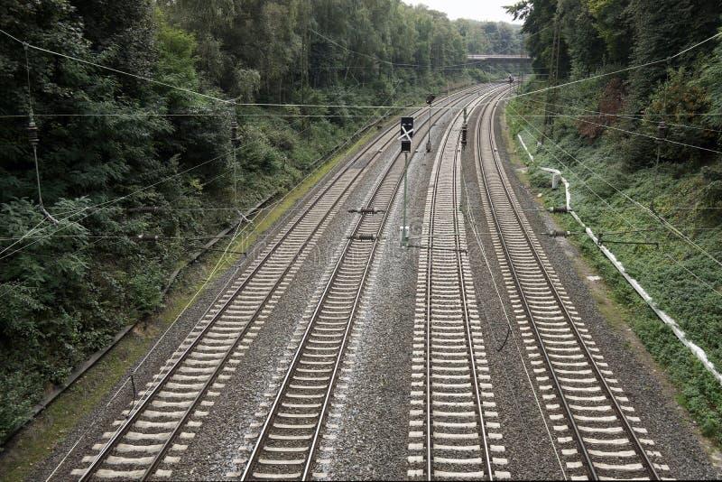 Estrada de ferro com quatro trilhas foto de stock royalty free