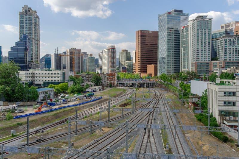 Estrada de ferro da estação de maio 26,2017 Seoul, Seoul, Coreia do Sul imagem de stock