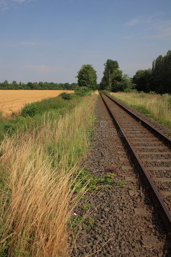 Estrada de ferro do verão imagens de stock
