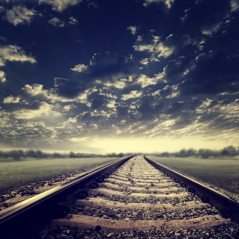 Estrada de ferro dramática imagem de stock