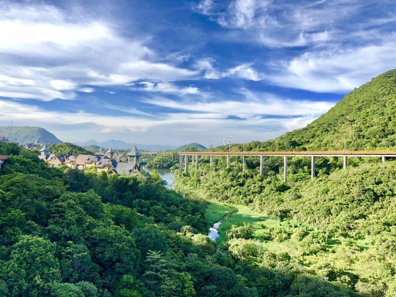 Estrada de ferro no mundo das fadas fotos de stock