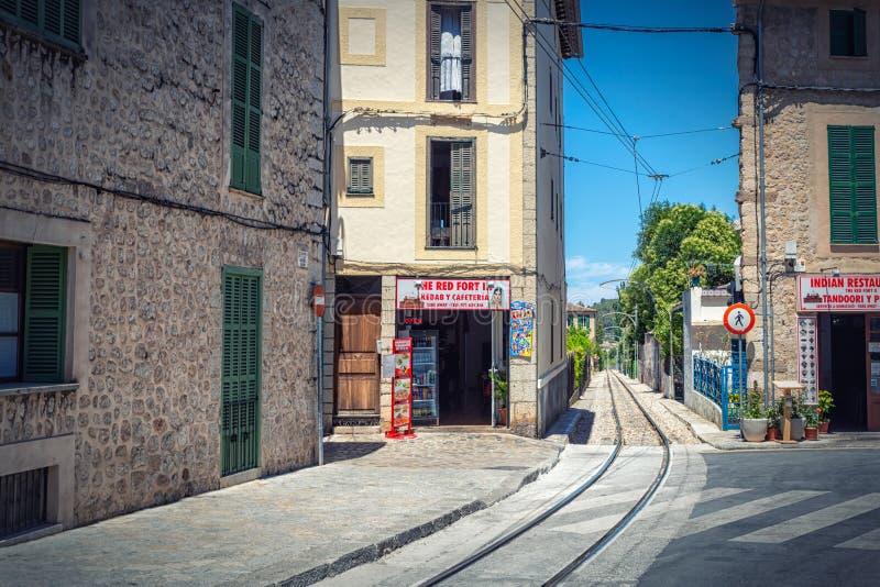Estrada de ferro turística famosa em Soller, ilha de Mallorca fotos de stock