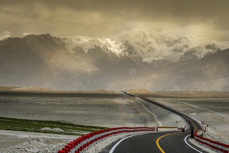 Estrada de Karakorum imagem de stock