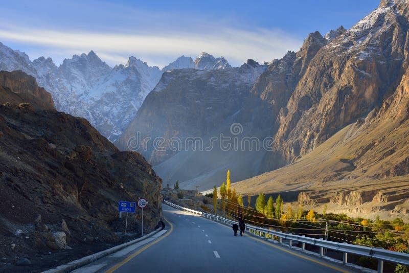 Estrada de Karakorum Paquistão do norte fotografia de stock