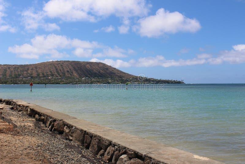 Estrada de Roacky pela vigia do oceano imagens de stock