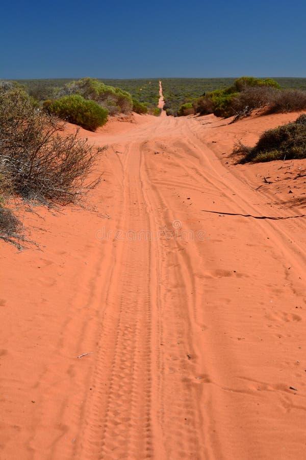 Estrada de terra Parque nacional de François Peron Baía do tubarão Austrália Ocidental fotos de stock