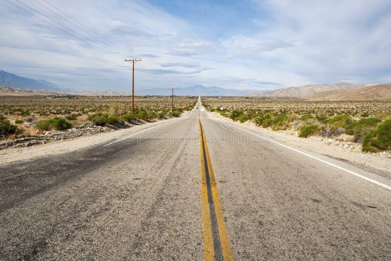 Estrada do deserto fotos de stock royalty free