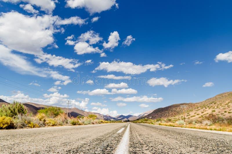 Estrada do Karoo de África do Sul imagens de stock royalty free