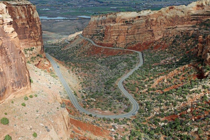 Estrada do ziguezague em Colorado Nat monumento imagem de stock