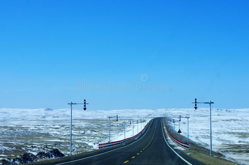 Estrada e neve imagem de stock royalty free