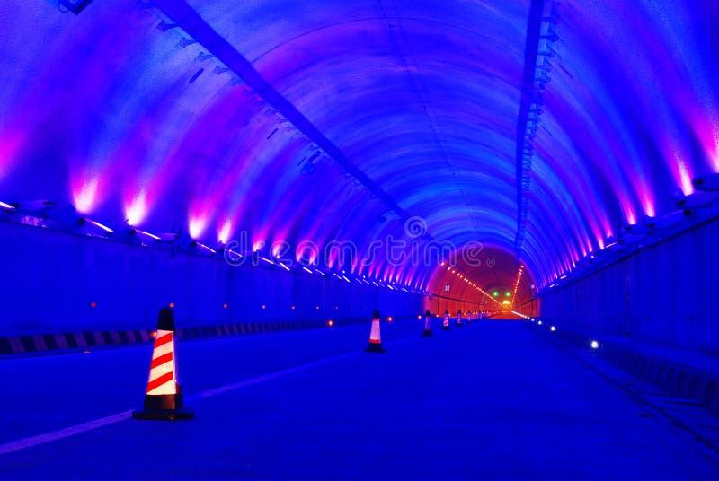 Estrada e túnel foto de stock