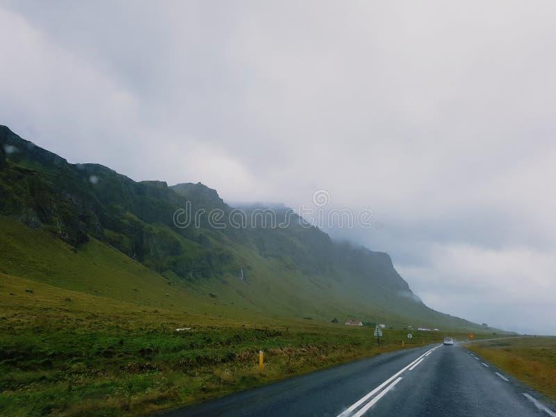 Estrada em Islândia foto de stock