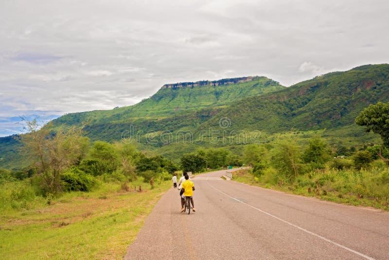Estrada em Khondowe, Malawi imagem de stock