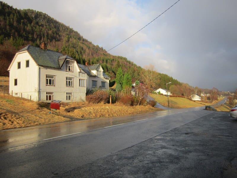 Estrada em Noruega foto de stock