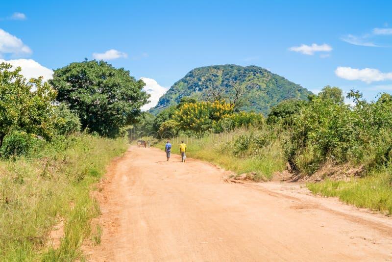 Estrada em Tanzânia foto de stock