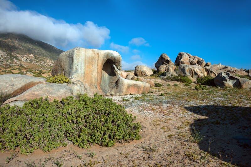 Estrada famosa de Atacama do deserto do litoral chileno imagens de stock