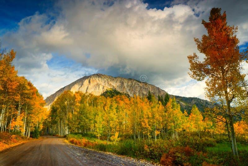 A estrada a Marcellina Mountain fotos de stock