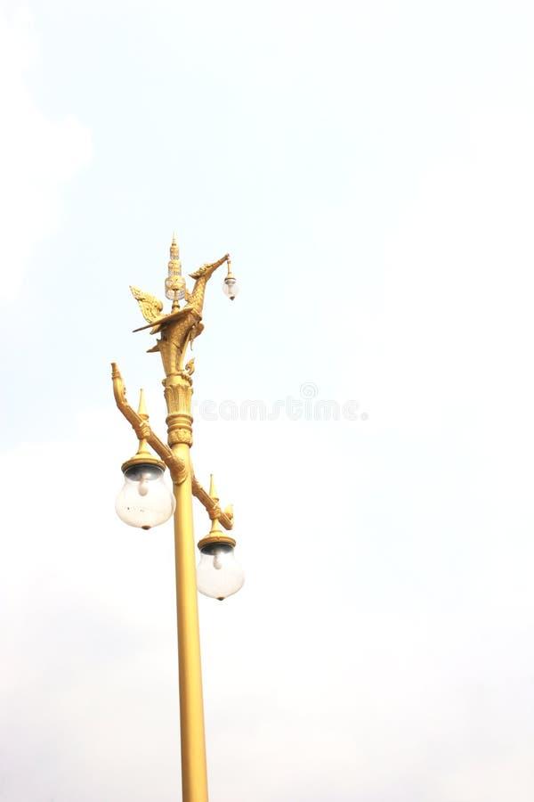 Estrada pólo claro da rua do Lamppost do borne da lâmpada fotos de stock royalty free