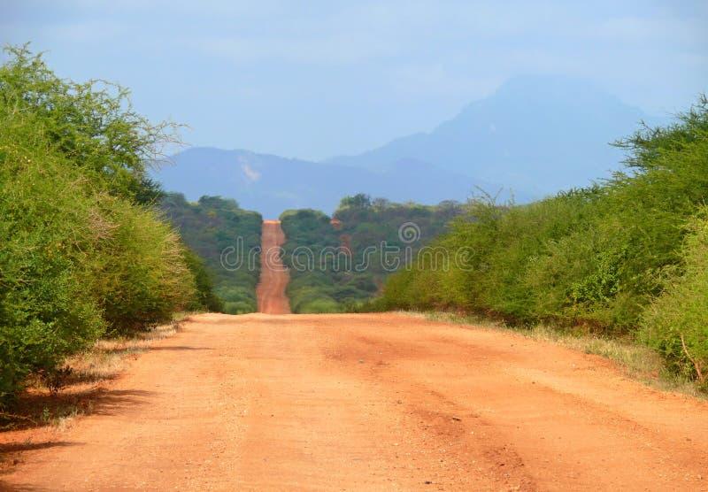 Estrada perigosa africana entre Moyale e Marsabit. fotos de stock