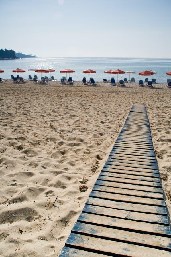 Estrada que conduz à praia imagem de stock royalty free