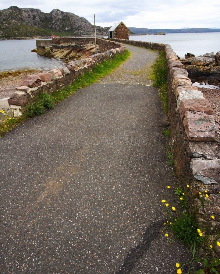 Estrada rústica em Scotland imagens de stock