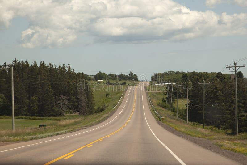 Estrada rural em PEI foto de stock royalty free