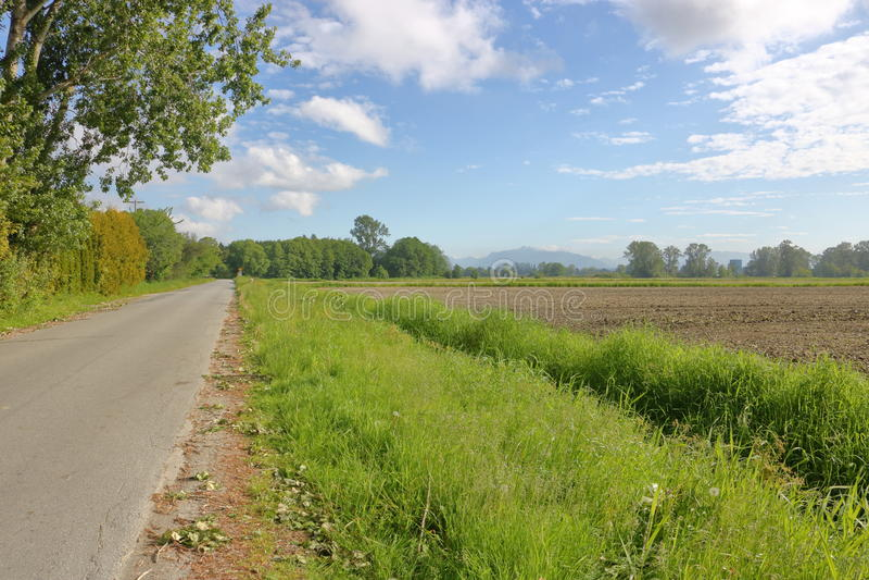Estrada rural em Richmond, Canadá imagens de stock royalty free
