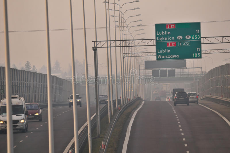 Estrada S17 próximo a Lublin, Polônia fotos de stock royalty free