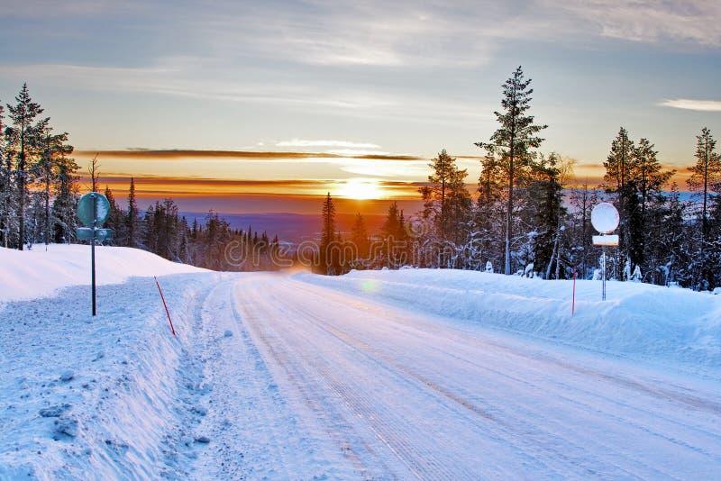 Estrada secundária da neve imagens de stock