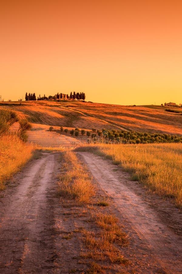 Estrada secundária de Tuscan imagem de stock