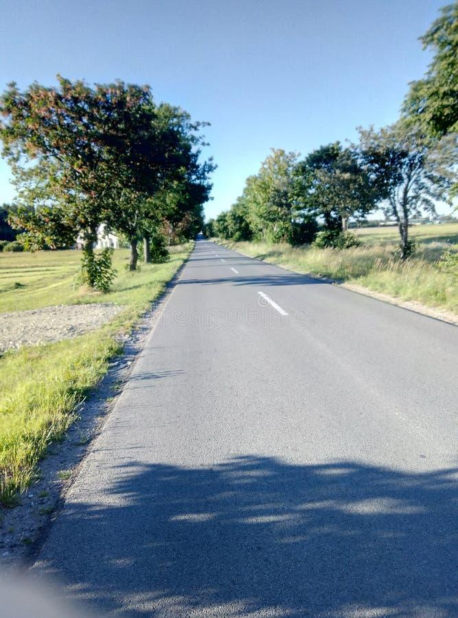 A estrada secund?ria toma-me home fotografia de stock royalty free