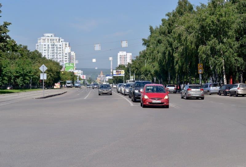 Estrada urbana A imagem frontal fotos de stock