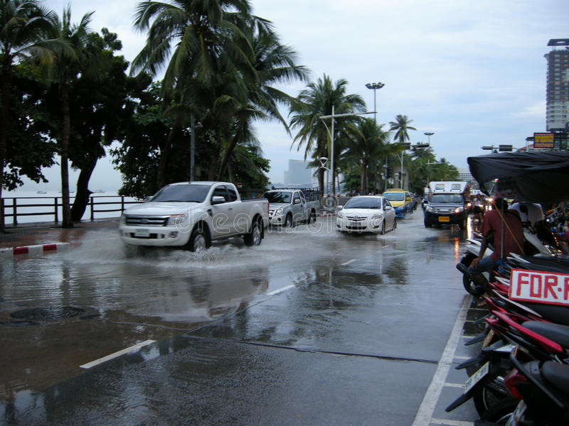 Estradas inundadas, Pattaya imagens de stock royalty free