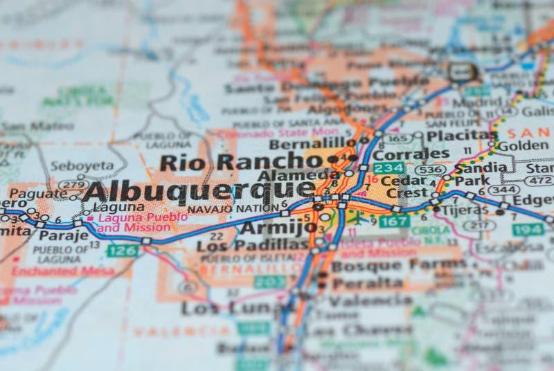 Estradas no mapa em torno da cidade de Albuquerque, EUA fotografia de stock