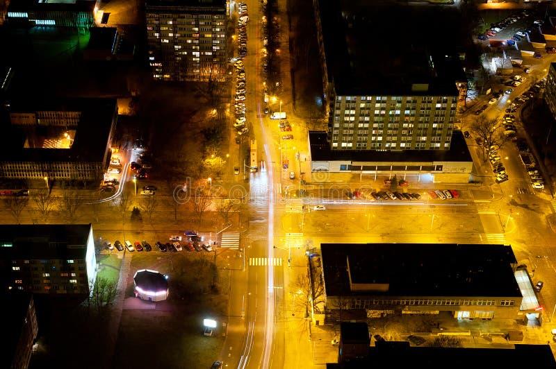 Estradas transversaas na noite fotografia de stock royalty free
