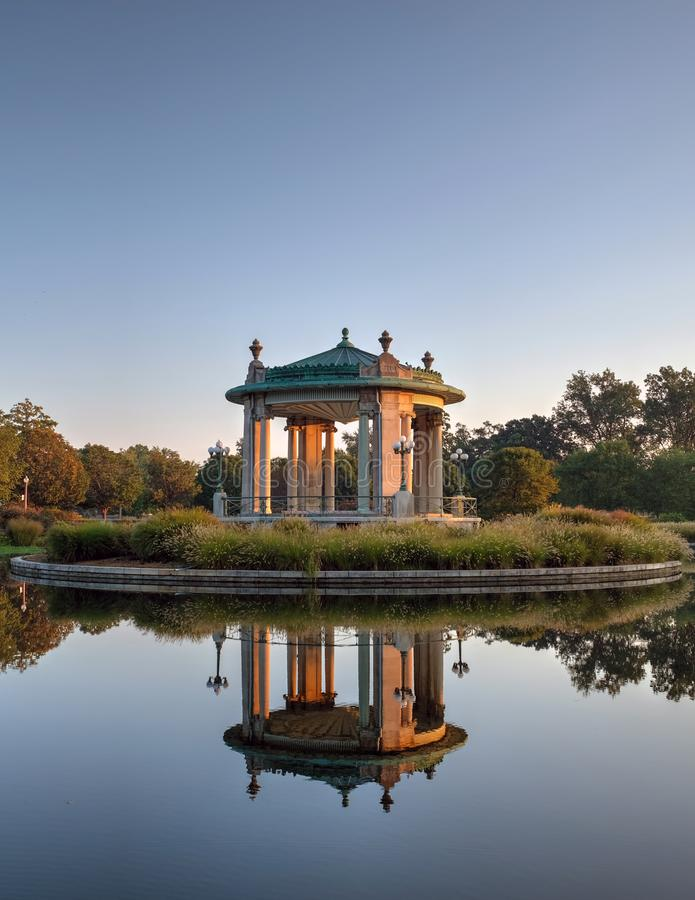 Estrado de la orquesta de Forest Park en St. Louis, Missouri imagenes de archivo