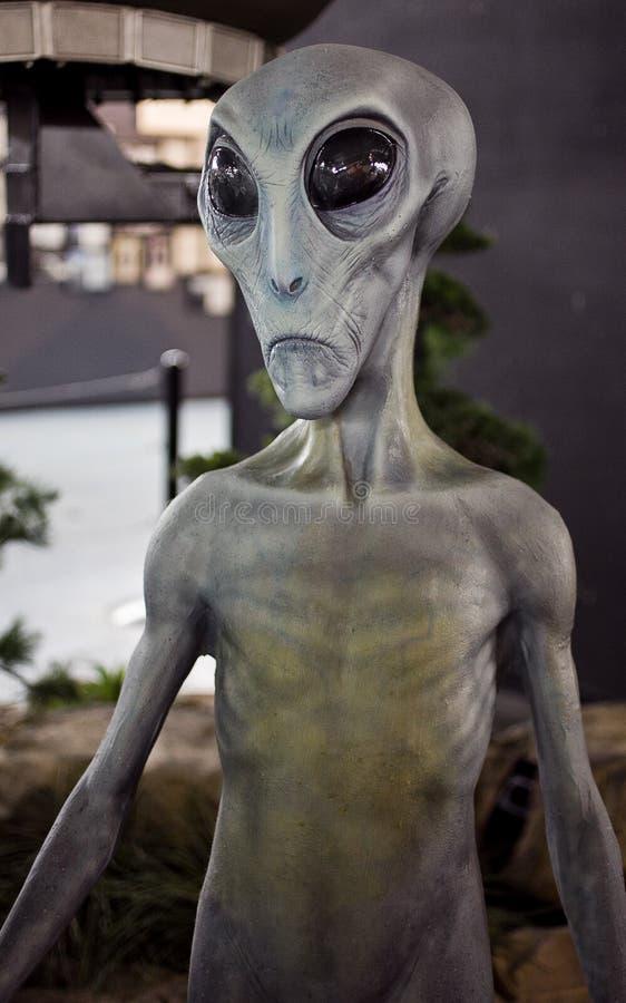 Estrangeiro no museu do UFO de Roswell fotos de stock
